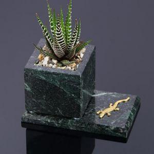 """Горшок для цветов """"Суккулент"""", на подставке с магнитами, змеевик, 7,5х12,5х7,5 см 5148710"""