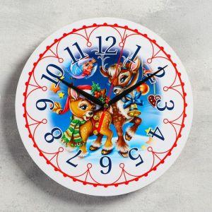 """Часы настенные, серия: Новый год, """"Олени"""", d=24 см, плавный ход 5307586"""