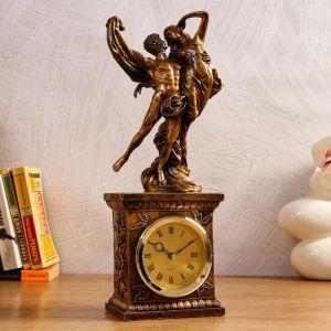 """Часы настольные """"Влюблённая пара"""", 1 АА, дискретный ход,  13.7х10х39 см   5180719"""