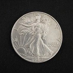 Монета Walking Liberty Half Dollar (Brass)