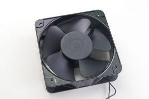 Осевой вентилятор 200х200х60мм 220В