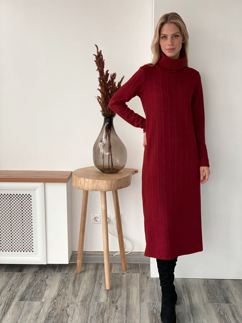 s2977 Платье-свитер бордовое из мягкого трикотажа