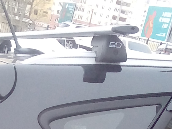 Багажник на интегрированные рейлинги Hyundai ix35, Евродеталь, крыловидные дуги
