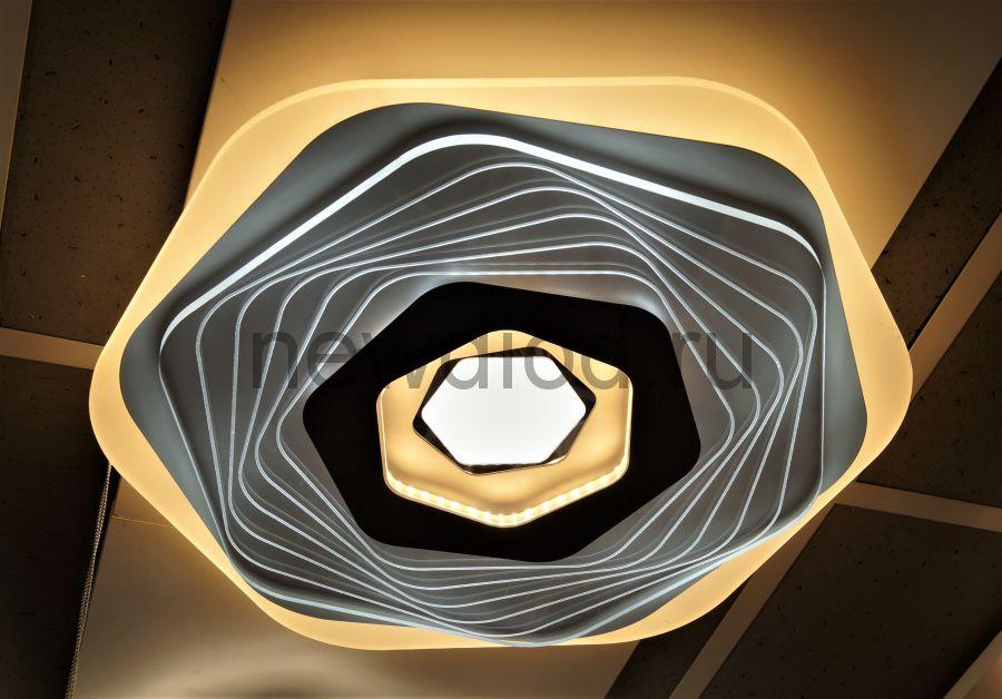 Управляемый светодиодный светильник GEOMETRIA 9253-2 90Вт-23м² 6/3/4000K пульт 500мм белый Oreol