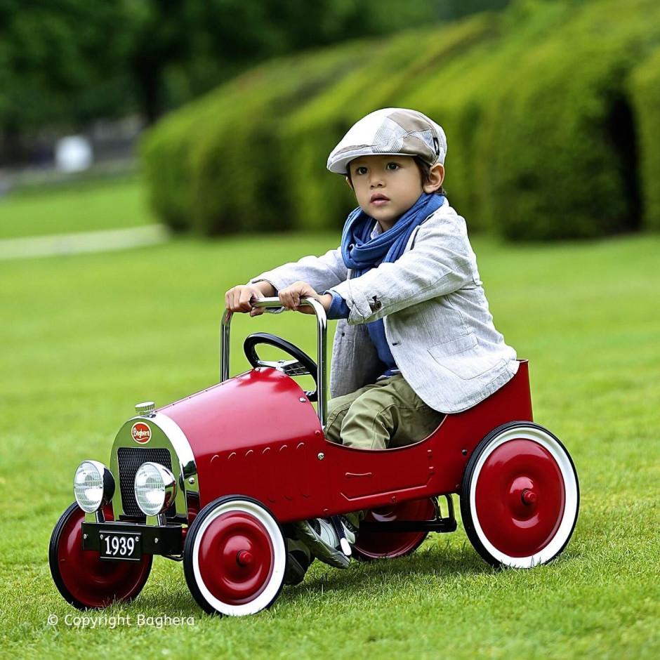 Машина педальная Baghera Classic Red