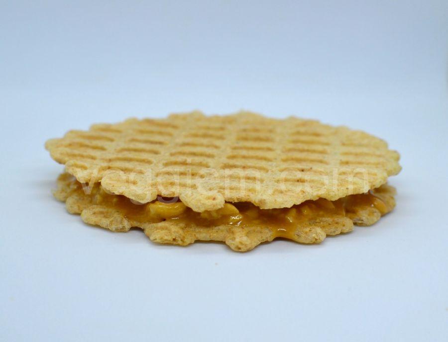 Сендвич с карамелью и арахисом,40 грамм
