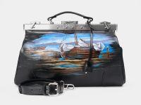 """Кожаный саквояж с росписью Alexander-TS """"SW16 Black Лодки на берегу"""""""