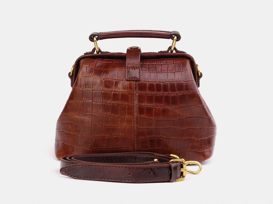"""Женская сумка-саквояж из натуральной кожи Alexander-TS """"W0013 Nut Brown Croco"""""""