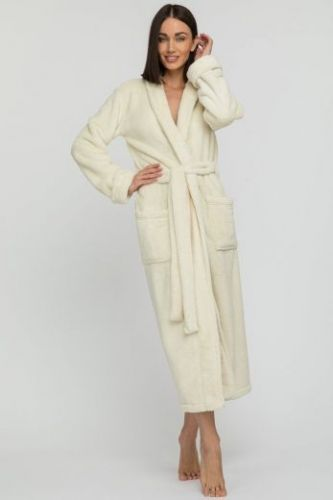 Женский удлиненный пушистый халат из велсофта Tendre молочный