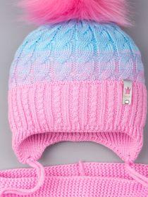 РБ 00-0023375/21863 Шапка вязаная для девочки с помпоном на завязках, двухцветная, нашивка корона + снуд, розовый