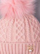 РБ 00-0021673 Шапка вязаная для девочки с помпоном на завязках, на отвороте бантик с жемчужиной, тускло-розовый