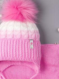 РБ 00-0021864 Шапка вязаная для девочки с помпоном на завязках, двухцветная, нашивка корона + снуд, светло-розовый