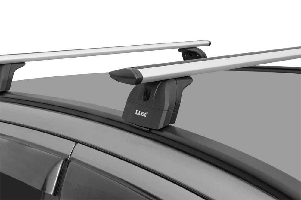 Багажник на крышу Hyundai Santa Fe 2012-18, Lux, крыловидные дуги на интегрированные рейлинги