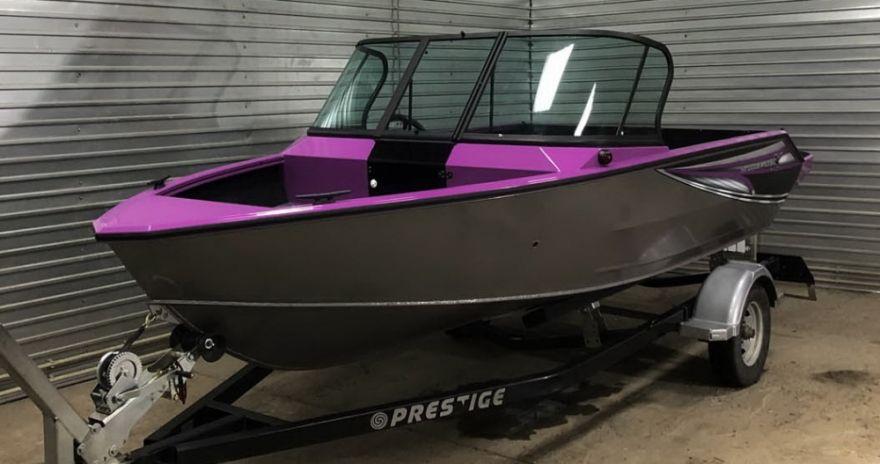 Лодка WINDBOAT 4.6DCX