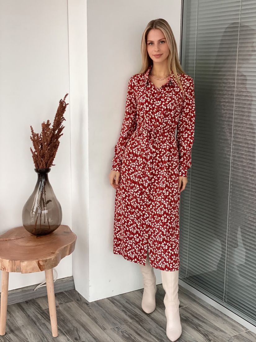 s3072 Платье-рубашка в коньячном оттенке с листиками