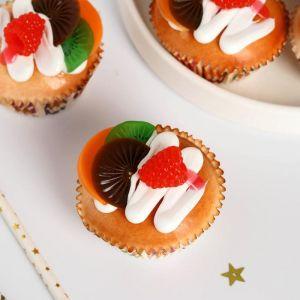 """Муляж кексик """"Сладкое настроение """" 6,5х5,5 см ягоды фрукты   5213295"""