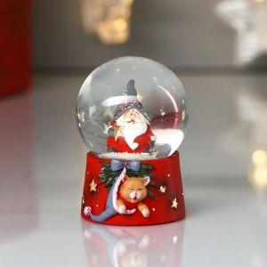 "Сувенир полистоун водяной шар ""Дед Мороз с котом в колпаке"" d=4,5 см 6х4,5х4,5 см   4822158"