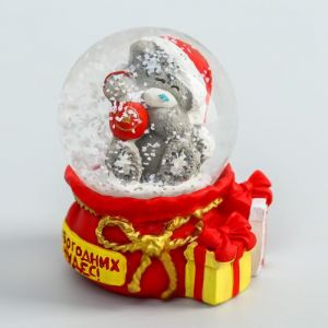 "Сувенир полистоун водяной шар ""Медвежонок Me to you с шариком - Новогодних чудес!"" 4,5х6 см   451817"