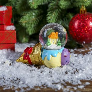 """Сувенир полистоун водяной шар """"Рожок мороженого с домиком"""" d=4,5 см   3572028"""