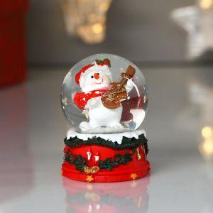 "Сувенир полистоун водяной шар ""Снеговичок играет на скрипке"" d=4,5 см 6х4,5х4,5 см   4822155"