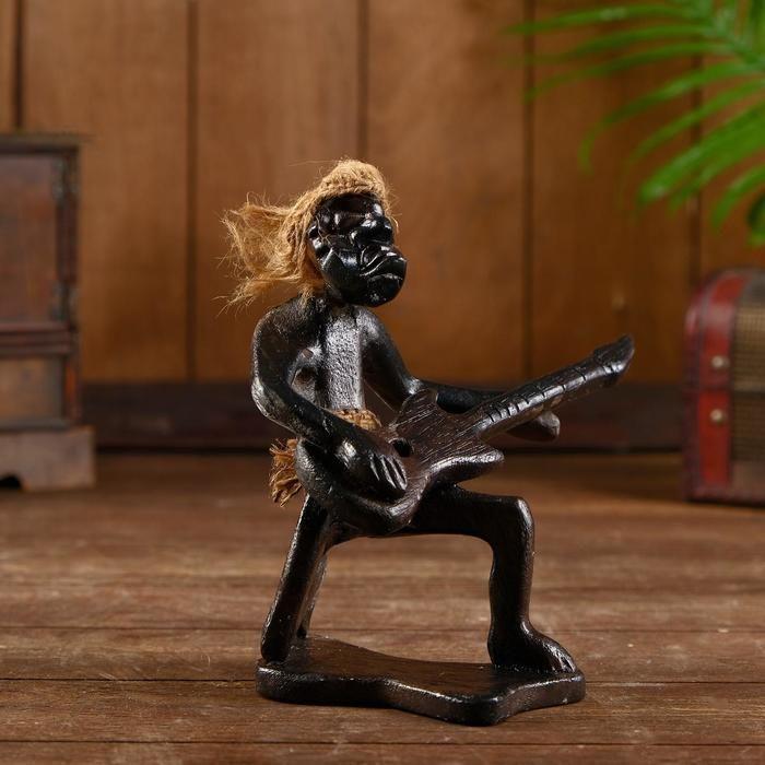 """Сувенир из дерева """"Абориген гитарист"""" 17х12х20 см   5013718"""