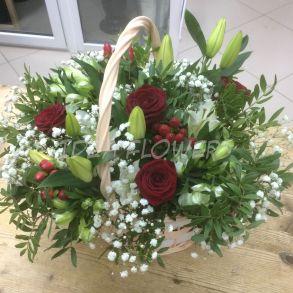 Корзина с цветами «Классика»