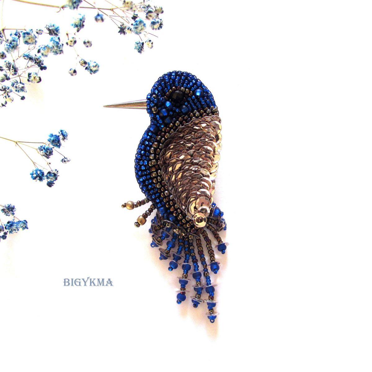 Брошь Птичка «Синичка» из бисера и пайеток