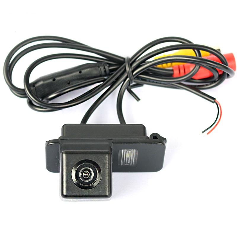 Камера заднего вида Ford Explorer