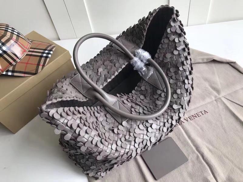 Bottega Veneta Cabat 40 cm