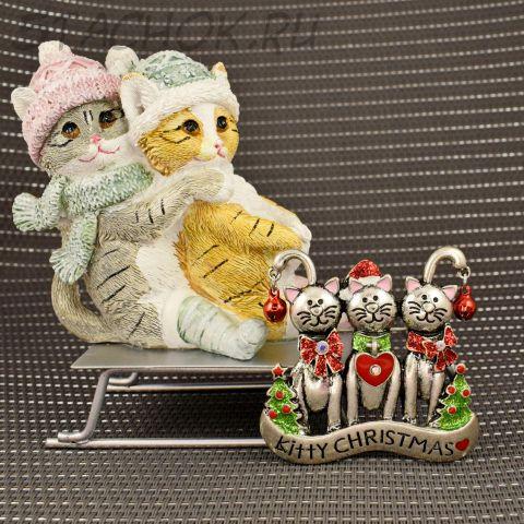 """Брошь """"Три котика на Рождество"""" (США)"""