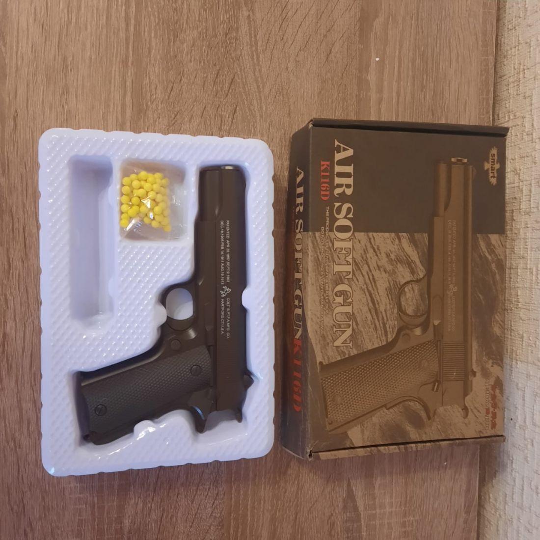 Пистолет Airsoft Gun