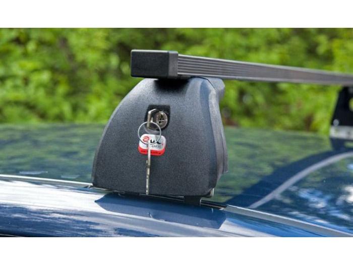 Багажник на крышу Skoda Fabia MK1 хэтчбек, Amos Beta, стальные прямоугольные дуги
