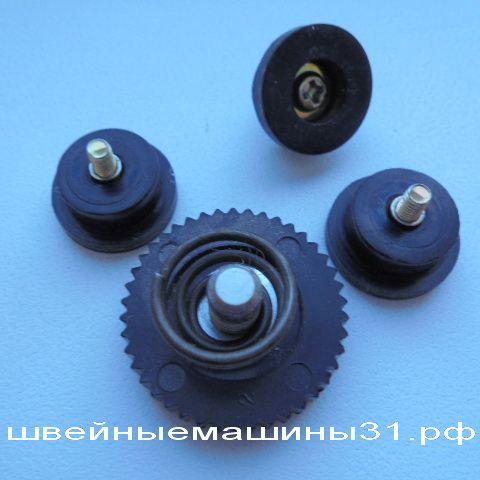 Комплект ножек для  JUKI HZL -30Z     цена 350 руб.