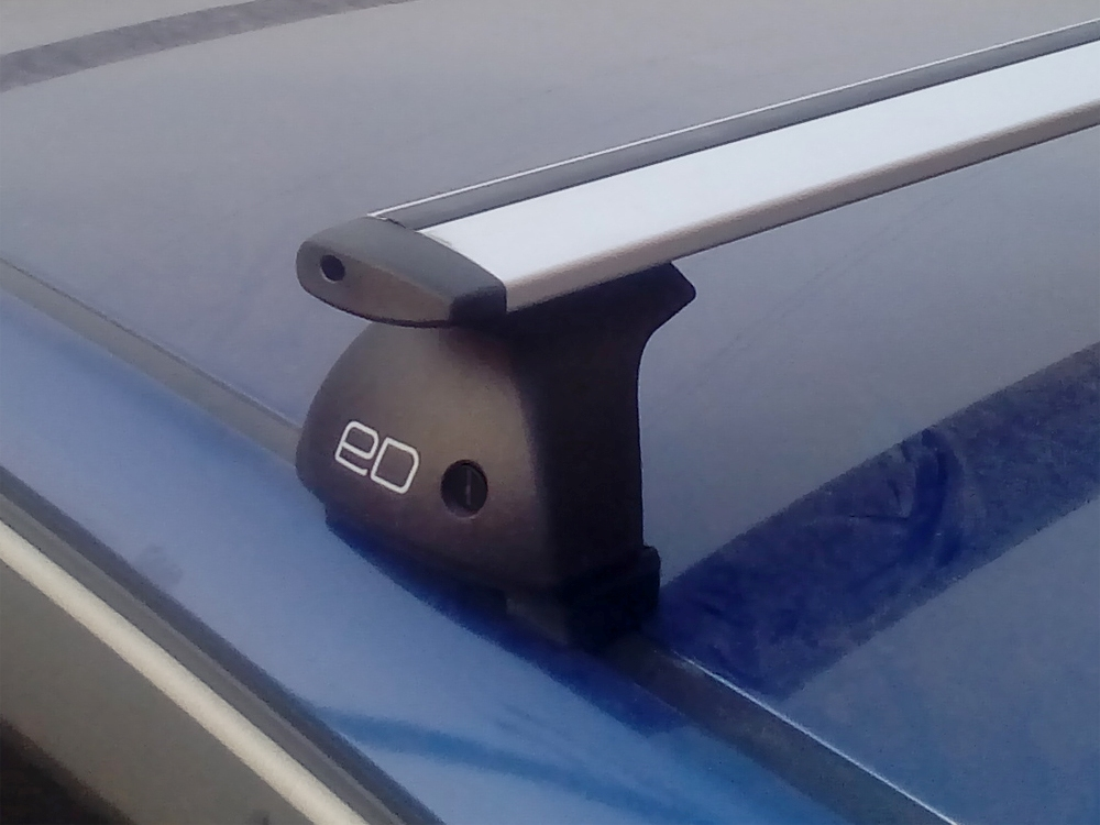 Багажник на крышу Hyundai Solaris 2011-..., hatchback, Евродеталь, крыловидные дуги