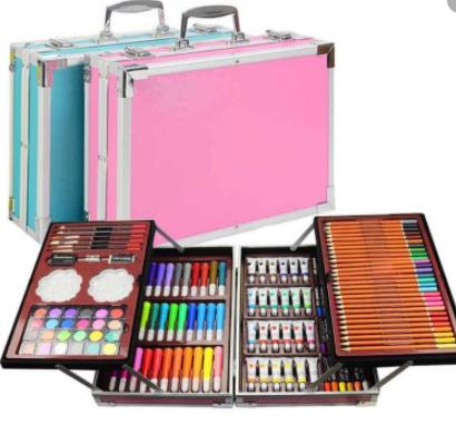 Художественный набор для рисования на 145 предметов в подарочном кейсе