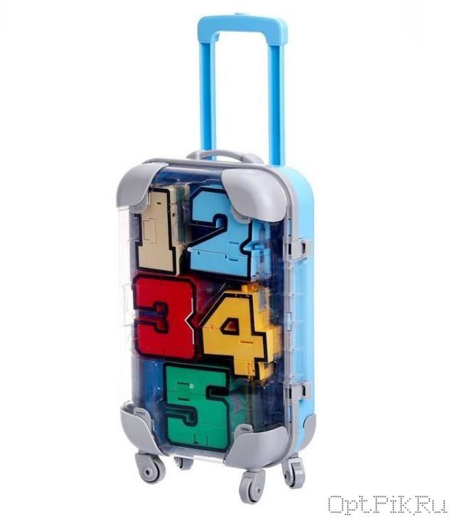 Цифры роботы трансформеры в чемодане