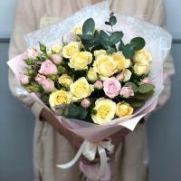 Букет кустовых роз №6