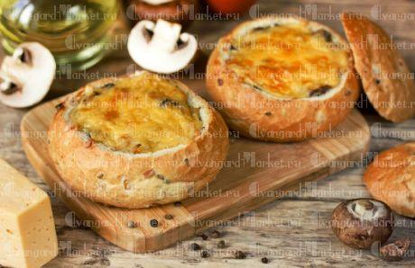 Жульен с курицей и грибами на французской булочке 3 шт.