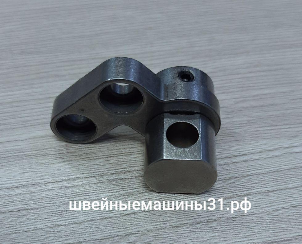 Направляющая стержня верхнего петлителя Leader VS 325D.     Цена 400 руб