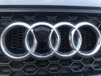 Камера переднего вида Audi (SunVox)