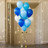 Облако из гелиевых шаров, синие-голубые-белые