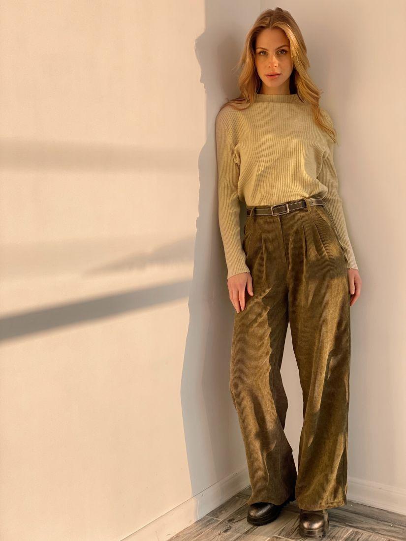 s3576 Широкие брюки из вельвета в цвете хаки
