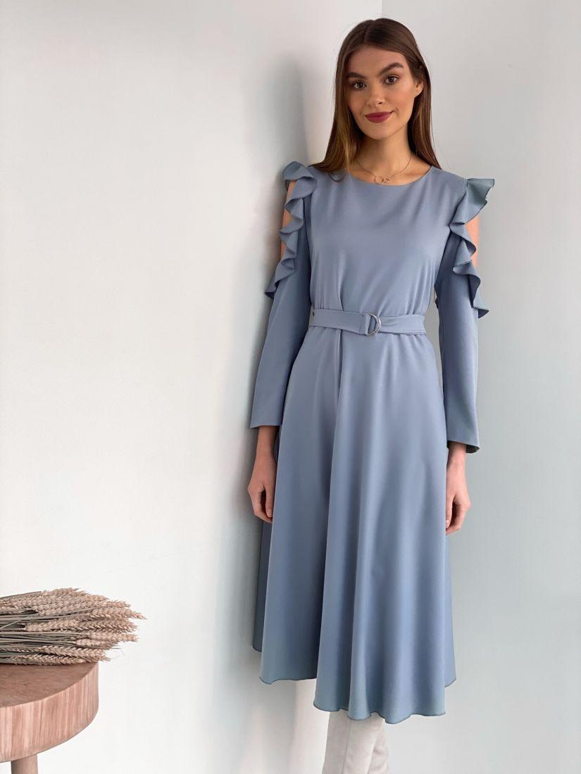 s3610 Платье с открытыми плечами в холодном сером