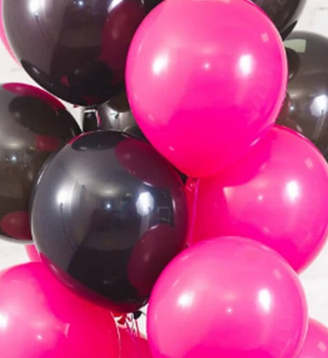 Ассорти фуксия и черный латексных шаров с гелием