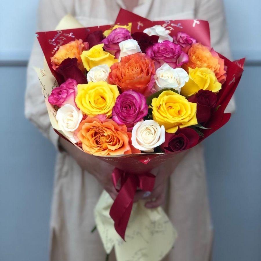25 роз микс 60 см в красивой упаковке