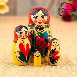 Матрёшка «Семёновская», красный платок, 4 кукольная, 9 см