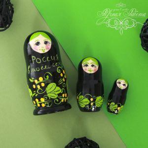 Матрёшка 3-х кукольная «Минимализм», зелёная