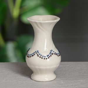 """Ваза настольная """"Крошка"""", цвет слоновая кость, стразы, глазурь, 11 см, микс, керамика"""