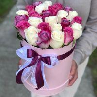 Розы микс в шляпной коробке