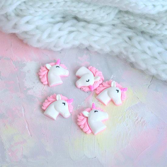 Кукольная миниатюра - Кабошон Единорог розовый